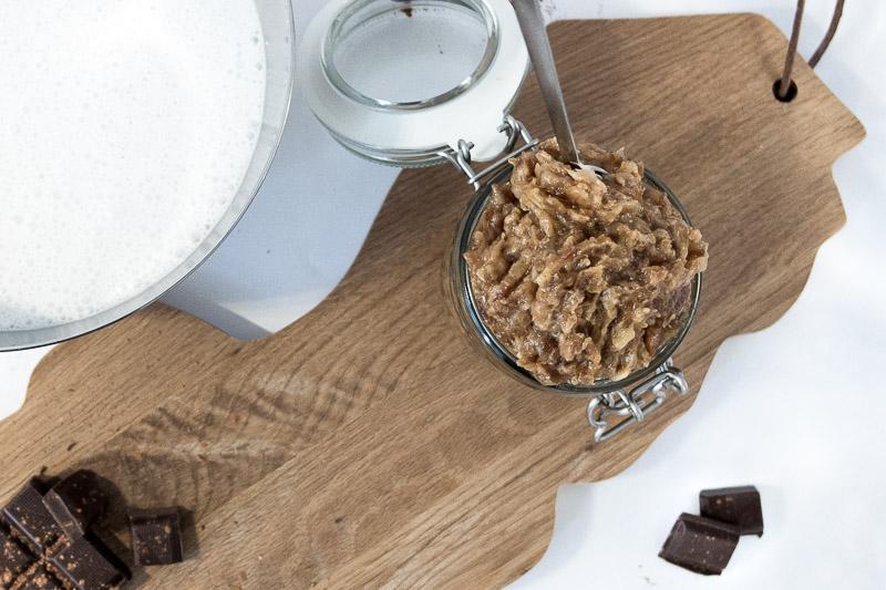 Cremiges, Veganes Schokoeis auf Basis von Kokosmilch und Datteln | Ricemilkmaid Blog