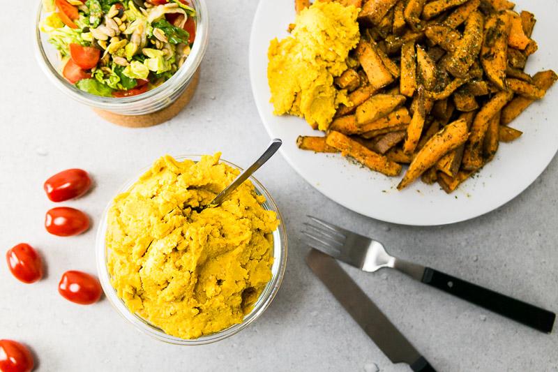 Manchmal wünscht man sich einfach nur ein wirklich schnelles, vollwertiges Gericht und will nicht stundenlang in der Küche stehen, richtig? Hier gibt es drei Gerichte, die zusammen eine komplette vegane Mahlzeit ergeben und in 20 Minuten genoßen werden kann. ♥ | Ricemilkmaid Blog