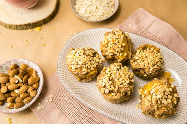 Ein simples Rezept für richtig leckere, saftige und gesunde Apfel-Aprikosenmuffins. Natürlich komplett vegan und nur mit den besten Zutaten. Klick dich rüber zum Blog oder speichere es jetzt ab und nutze es später! | Ricemilkmaid Blog