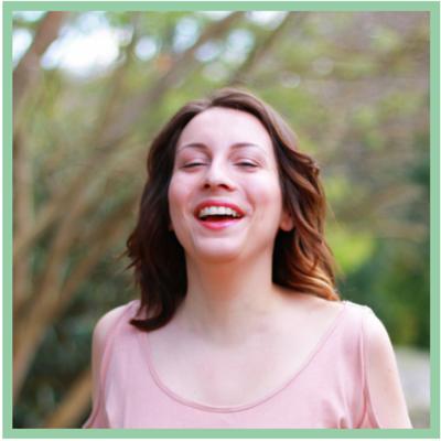 6 Blogger erzählen ihre persönlichen Geschichten, wie sie vegan geworden sind. Das Spannende ist, dass jeder Umstieg sich auf gewisse Art und Weise ähnelt. Klick dich zum Beitrag oder speichere ihn für später.